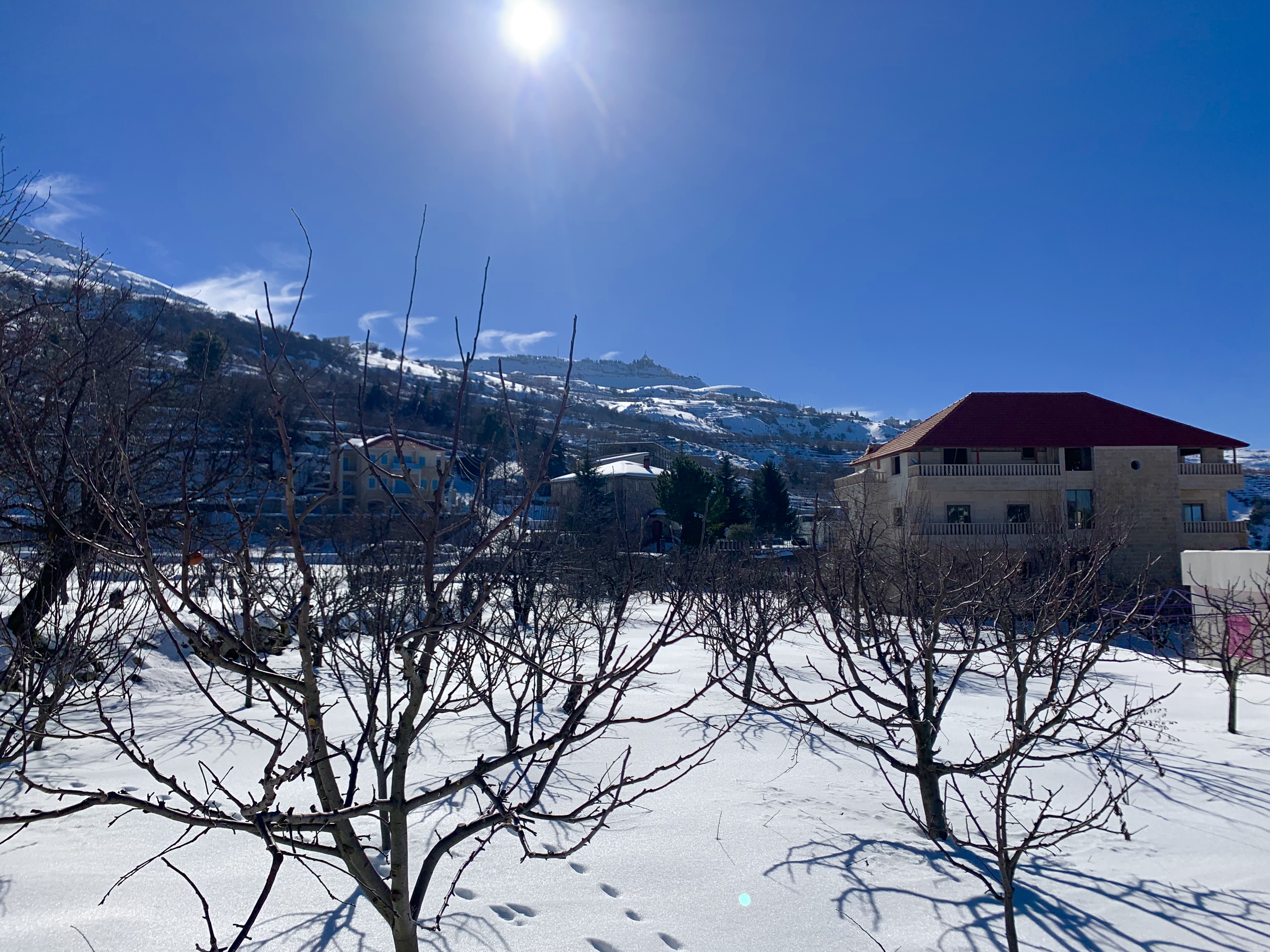Snow near Mejdlaya