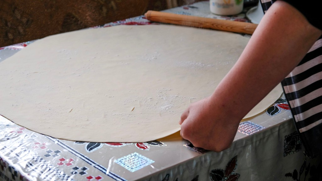 Hand-rolled noodle sheet